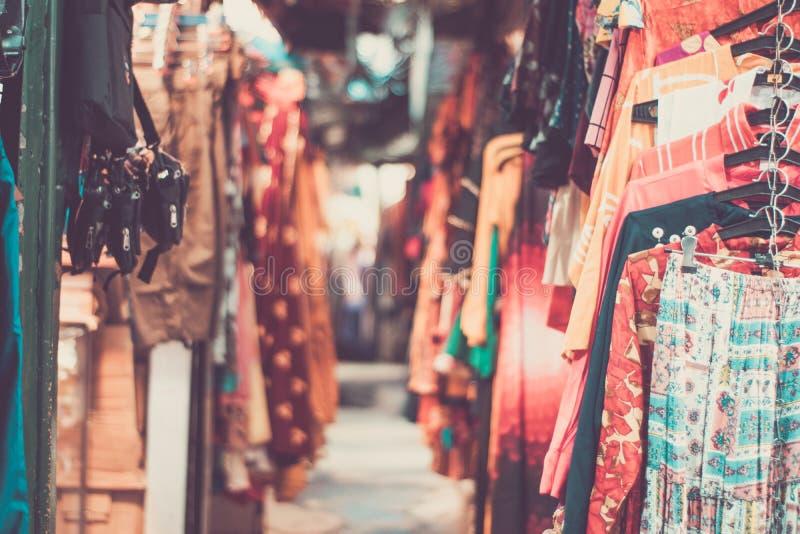Indo-Tibetaanse markt voor reizigers in Dalhousie stock afbeelding