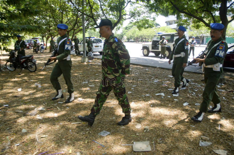 INDONESIAN MILITARY TO FIGHT ISLAMIC STATE EXTERNAL THREATS. Members of Indonesian Army Military Police are training to handle military prisoners in Solo, Java royalty free stock image