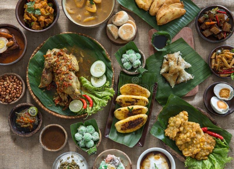 Indonesisch of javanese traditioneel voedsel stock fotografie