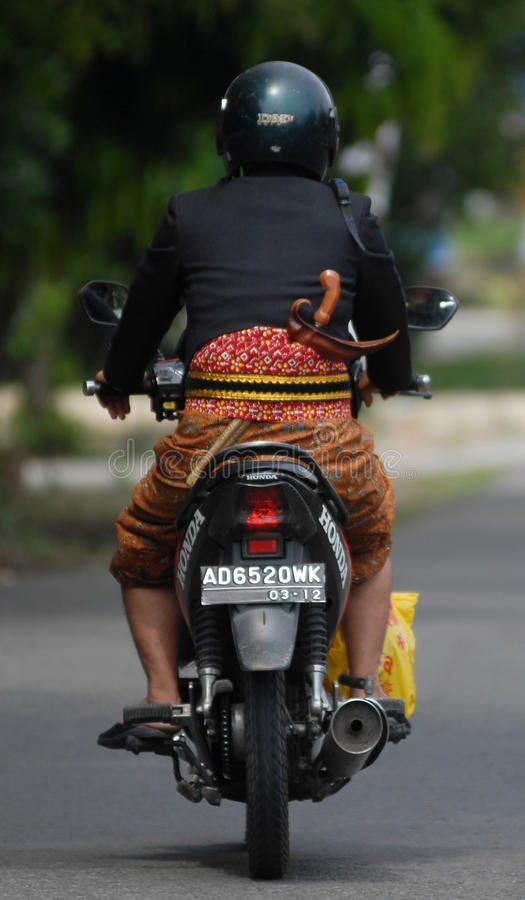 INDONESISCH TRADITIONEEL DE DOLKwapen VAN KRIS stock foto