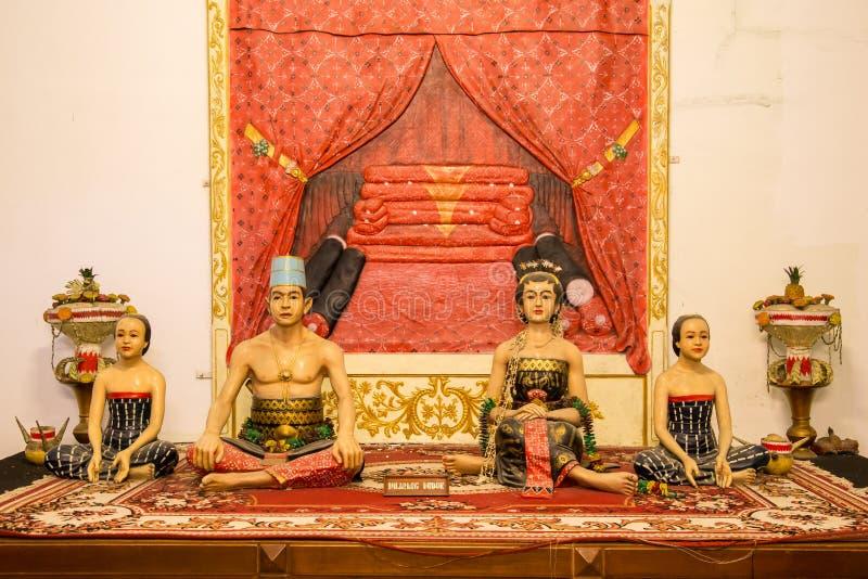 Indonesische beeldhouwwerken van de sultanfamilie stock fotografie