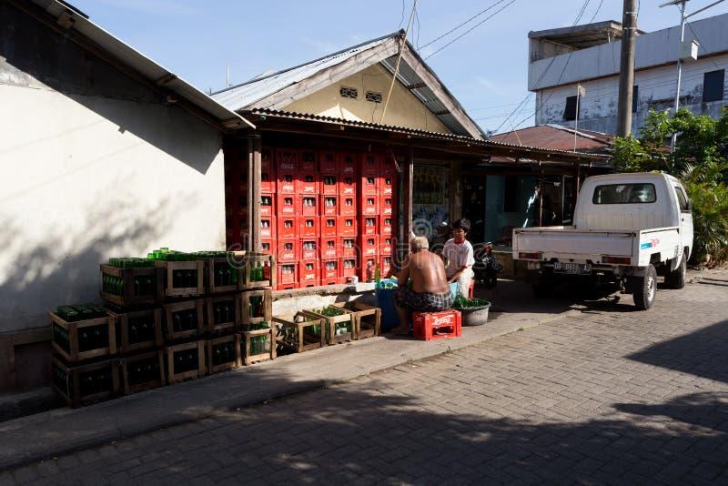 Indonesische mensen in Manado-sloppenwijk stock fotografie