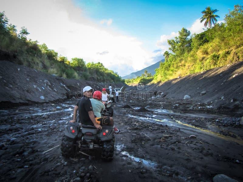 Indonezja bali Lato 2015 Turyści iść powozik wulkan zdjęcia royalty free