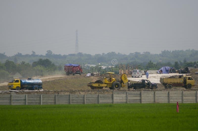 INDONEZJA POTRZEBUJE INTYMNEGO finansowanie NA 70 procentach infrastruktura obrazy stock