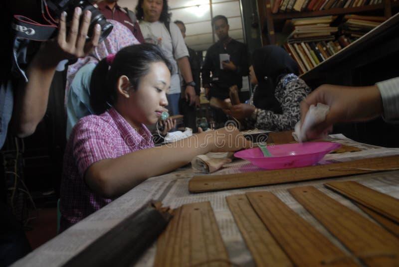 INDONEZYJSKIE ANTYCZNE ślimacznicy finansowania potrzeby fotografia stock