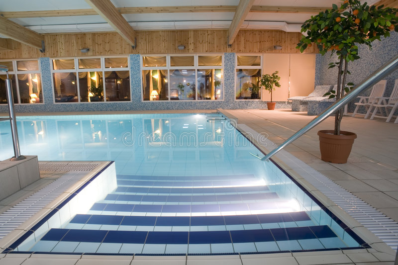 indoor luxurious pool swimming στοκ εικόνα