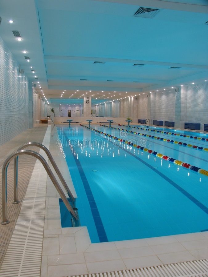 Free Indoor Swimming Pool Royalty Free Stock Photos - 8010198