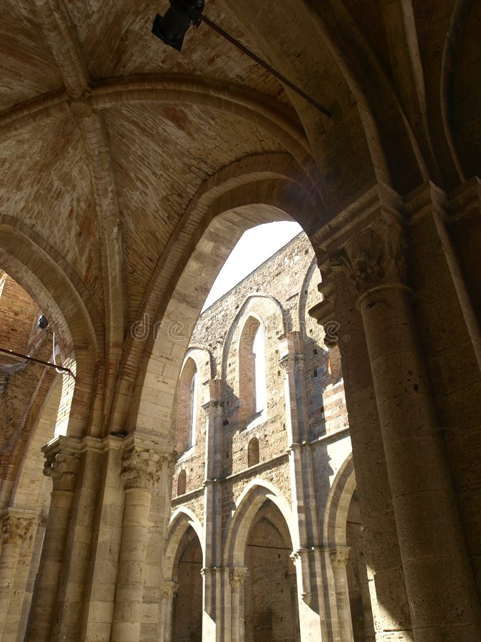 Free Indoor Vaults Of The Uncover Abbey Stock Photo - 6092980