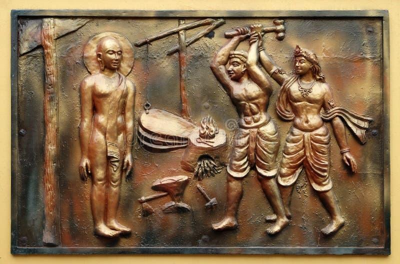 INDRA verhindert een onwetende cowherd aan te vallen Bhagavan Mahavira stock foto