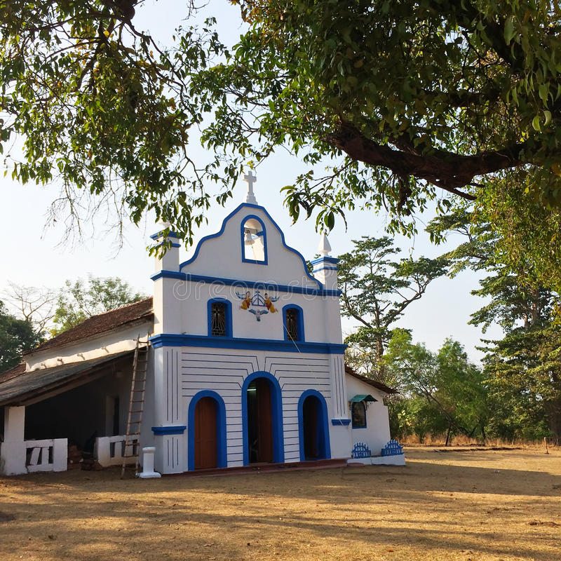 indu goa Mały kościół katolicki w antycznym Cabo De Rama forcie zdjęcie stock