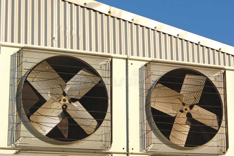 Industriële airconditioner stock afbeelding