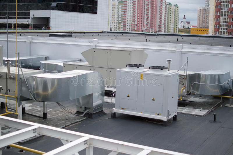 Industriële airconditioning, ventilatie en refrigent systemen stock fotografie