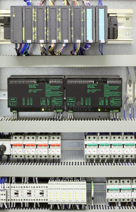 Industriële automatisering en controle stock afbeelding