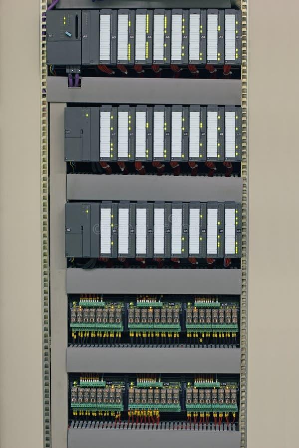 Industriële controlemechanismen en relais royalty-vrije stock afbeelding
