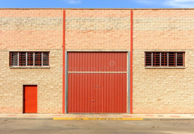 Industriële gesloten pakhuizen wegens de economische crisis royalty-vrije stock afbeeldingen