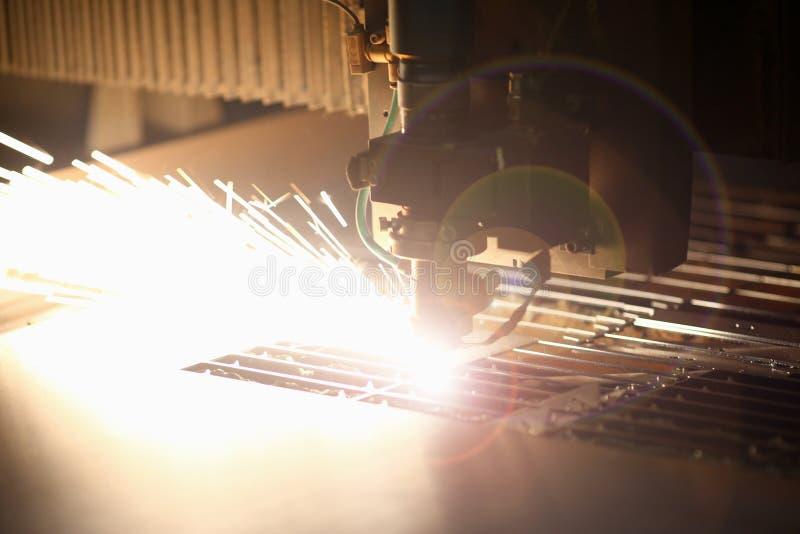 Industriële lasermachine voor metaal stock foto's