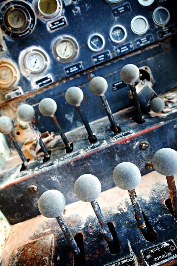 Industriële machinecontroles stock fotografie