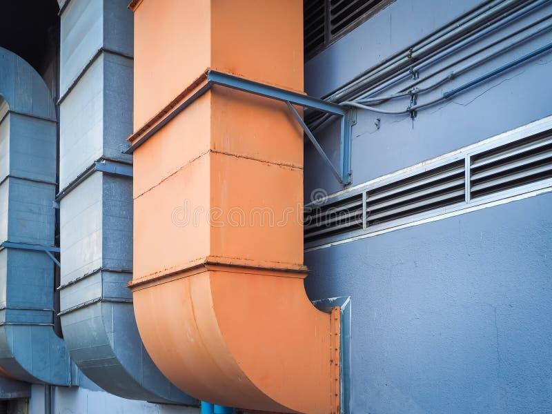 Industriële ventilatie en airconditioningspijp royalty-vrije stock fotografie