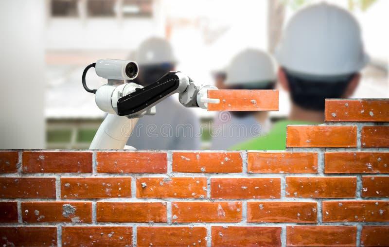 Industria astuta 4 del robot 0 riprese esterne umane della forza della costruzione di edifici del mattone del braccio immagini stock