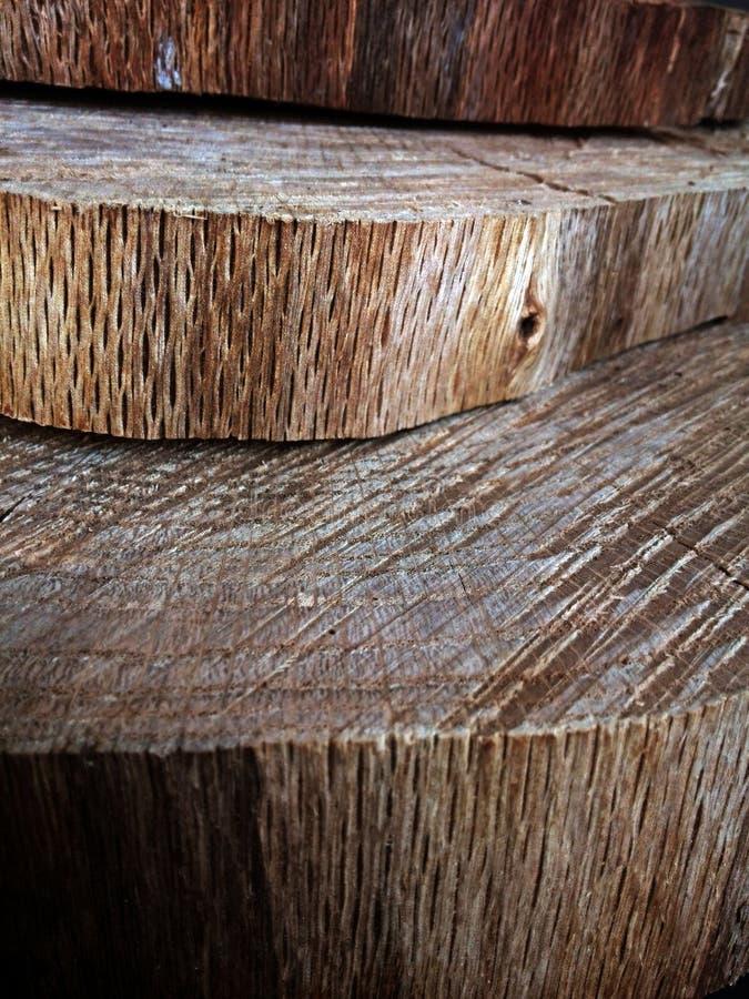 Industria del corte de la madera de construcción o del árbol con los discos de madera fotografía de archivo libre de regalías