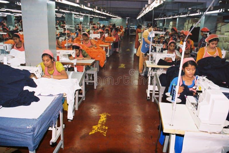 Industria di indumenti nel Bangladesh immagini stock libere da diritti