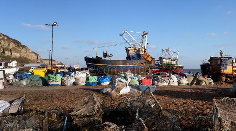 Industria Hastings Inglaterra del barco de pesca del barco rastreador foto de archivo