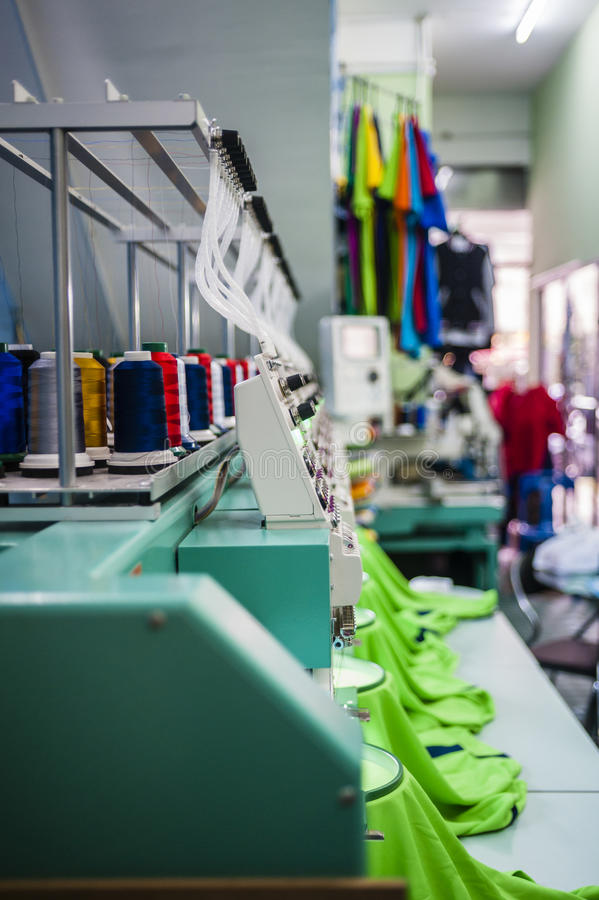 Free Industrial Sewing Machine Royalty Free Stock Image - 54206736