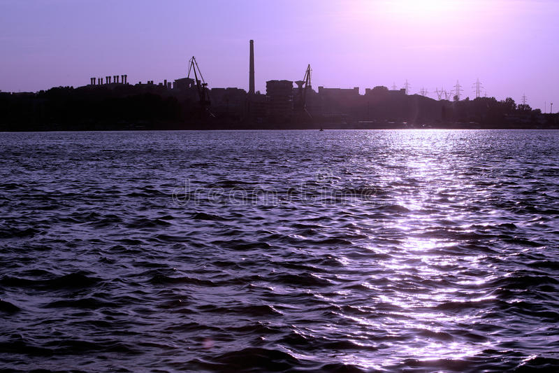 Industrial shore