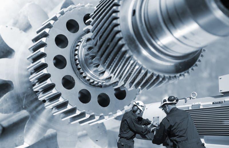 Industriarbetar- och kugghjulmaskineri royaltyfri foto