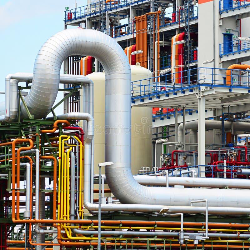 Industrie chimique - usine pour la fabrication de la poussée chimique image stock