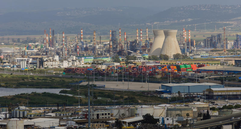 Industrie de raffinerie de pétrole image stock