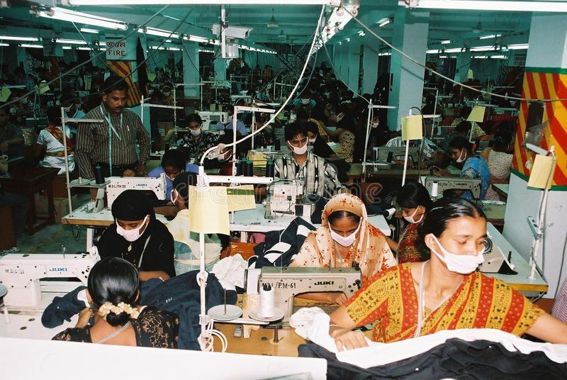 Industrie de vêtements au Bangladesh image libre de droits