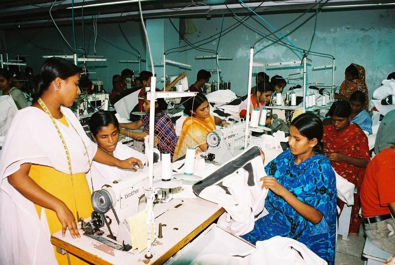 Industrie de vêtements au Bangladesh images libres de droits