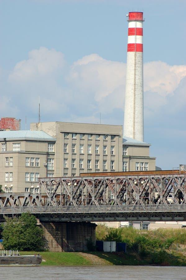 Industrie et fleuve images libres de droits