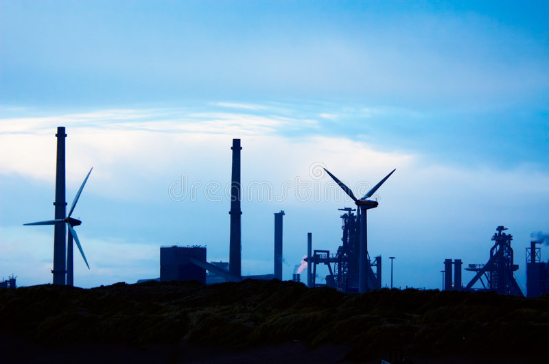 Industrie et moulins à vent photos libres de droits