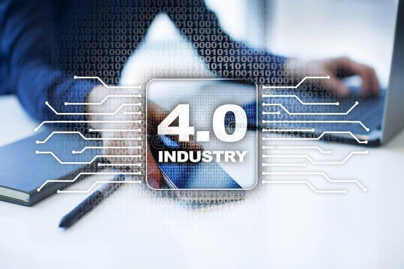 Industrie 4 IOT Internet von Sachen Intelligentes Herstellungskonzept stockfotos