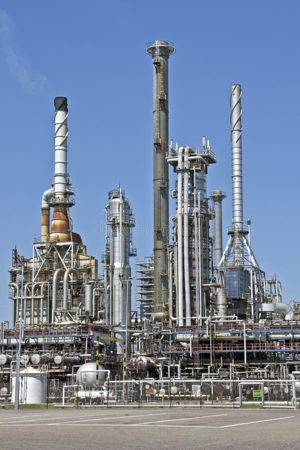 Industrieel milieu dichtbij Rotterdam Nederland royalty-vrije stock afbeelding