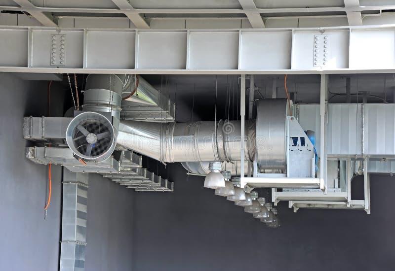 Industrieel ventilatiesysteem stock foto's