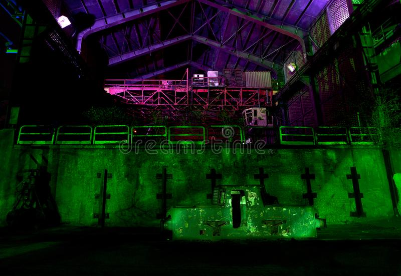 Industriefabrikhalle Landschaftspark, Duisburg, Deutschland, Nacht stockfoto