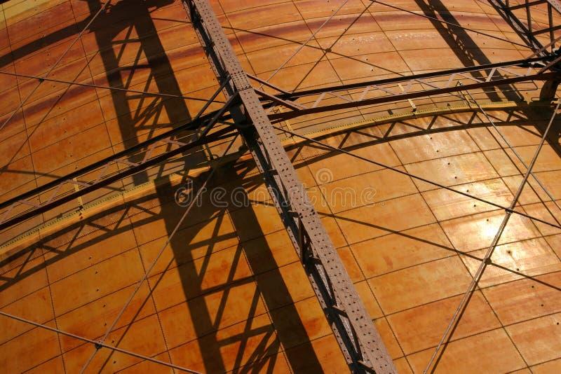 Download Industriell bakgrund arkivfoto. Bild av stag, rivets, stöttor - 104682