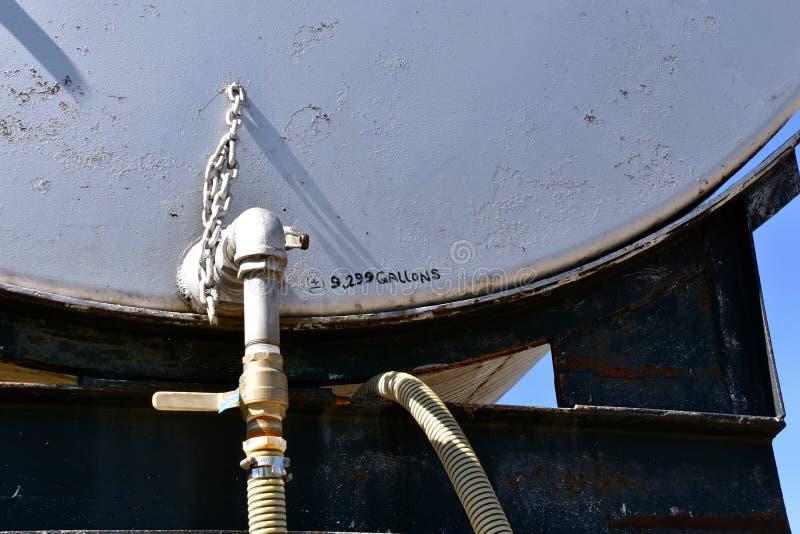 industriell behållare för bränsle royaltyfri foto