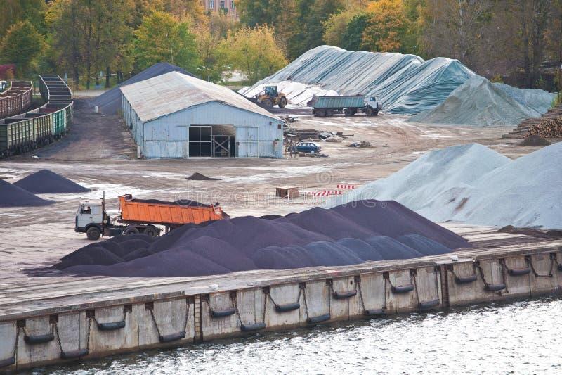 Industriell gård royaltyfri bild