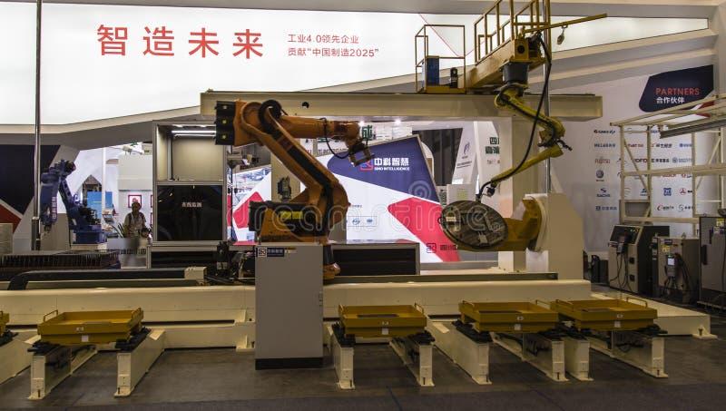 Industriell intelligent robot i Chengdu innovation 2016 och egenföretagandemässa fotografering för bildbyråer