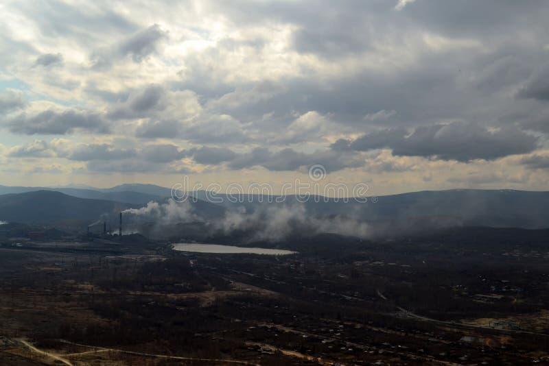 industriell liggande Karabash zon av den ekologiska katastrofen Ryssland royaltyfria bilder