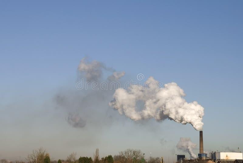 industriell modern förorening arkivbild