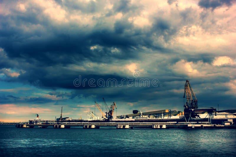 industriell port arkivbilder