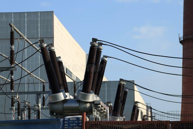 Industriella isolatorer arkivbild