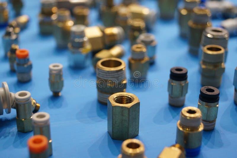 Industriella produkter: vattenkran royaltyfri fotografi