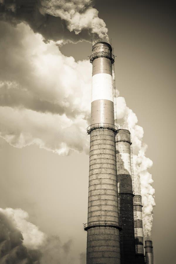 Industriella utsläpp, luftförorening arkivbild