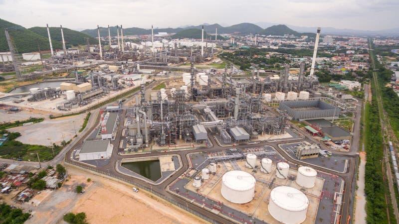 Industrielle AnsichtZeitspanne in Erdölraffinerieanlage lizenzfreie stockfotos
